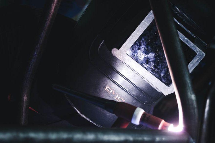 Lasersvetsning - Metoden som för både metaller och människor samman