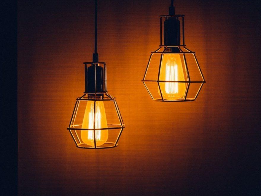 Ljus i stugan